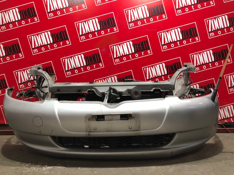 Бампер Toyota Vitz SCP10 1SZ-FE 1999 передний серебро
