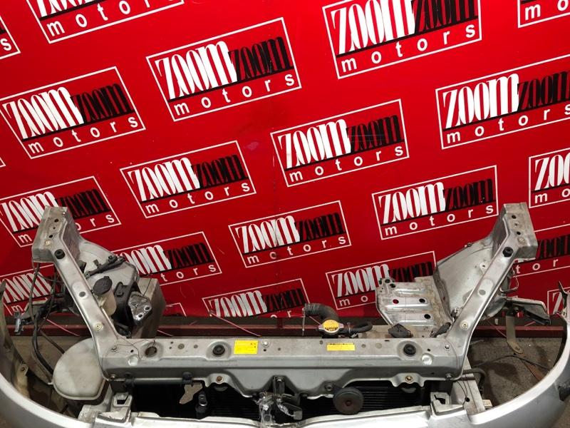 Рамка радиатора Toyota Vitz SCP10 1SZ-FE 1999 серебро