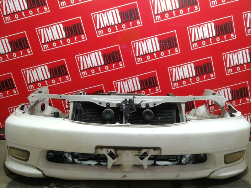 Бампер Toyota Caldina ST215G 3S-FE 1999 передний белый