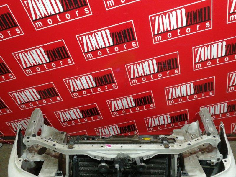 Рамка радиатора Toyota Caldina ST215G 3S-FE 1997 белый