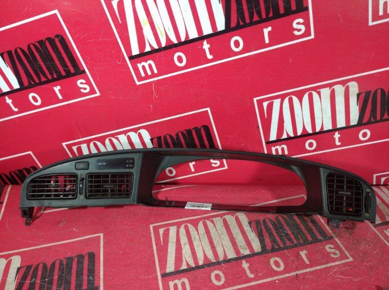 Консоль панели приборов Toyota Camry SV30 3S-FE 1990