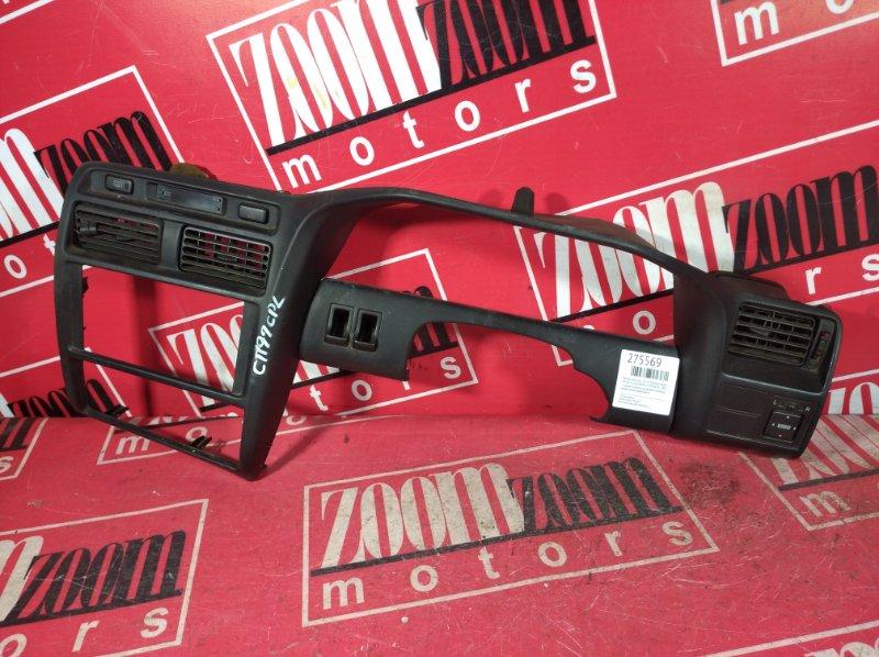 Рамка (консоль магнитофона) Toyota Caldina AT190 4A-FE 1992 передняя