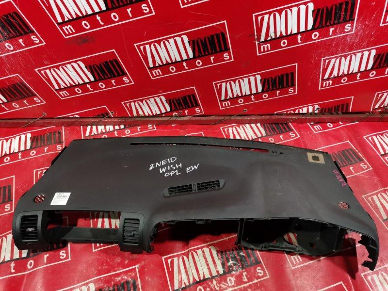 Панель передняя в салон (торпеда) Toyota Wish ZNE10 2003 передний черный