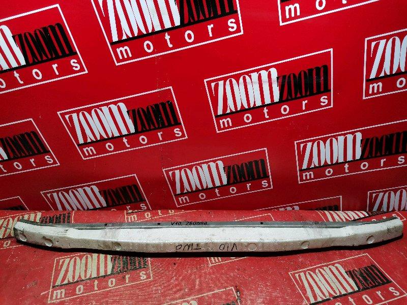 Усилитель бампера Nissan Tino V10 QG18DE 1999 передний серебро