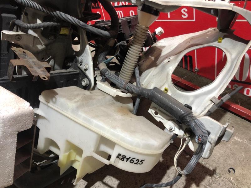 Бачок омывателя Toyota Crown Majesta UZS186 3UZ-FE 2004 передний