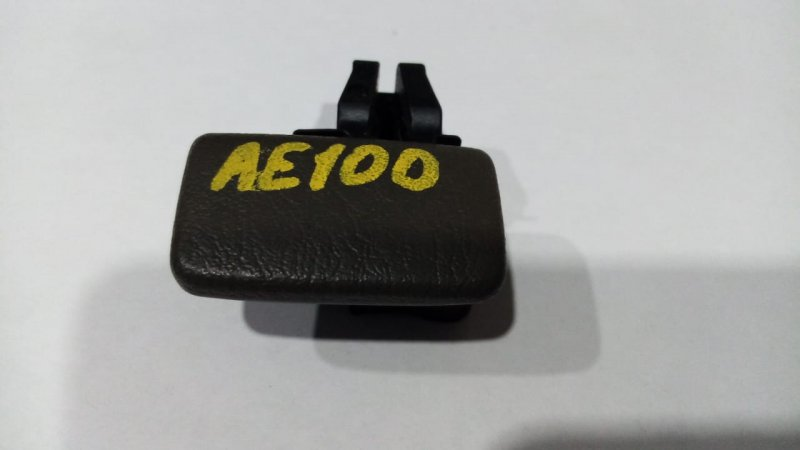 Ручка внутренняя Toyota Sprinter AE100 1992