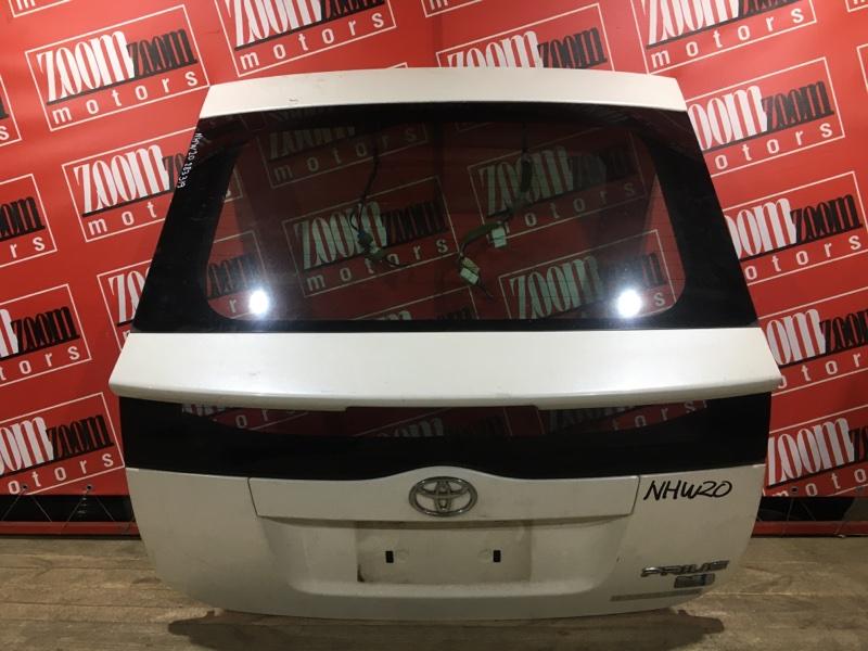 Дверь задняя багажника Toyota Prius NHW20 1NZ-FXE 2003 задняя белый перламутр