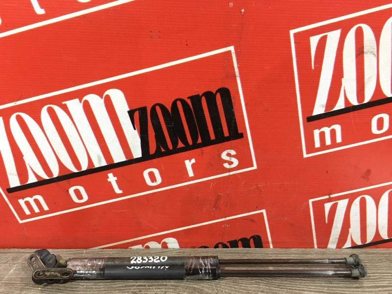 Амортизатор багажника Toyota Prius NHW20 1NZ-FXE 2003 задний