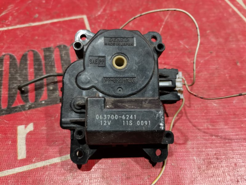 Привод заслонок отопителя Toyota Carina AT210 7A-FE 1997