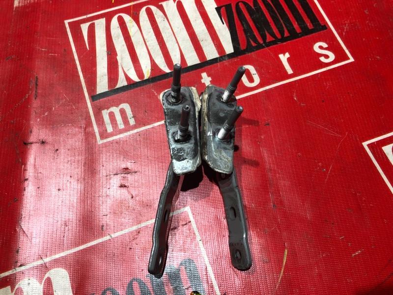 Кронштейн багажника Honda Airwave GJ1 L15A 2005 задний