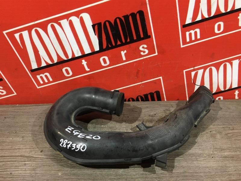 Воздухозаборник Toyota Wish ZGE20 3ZR-FAE 2009