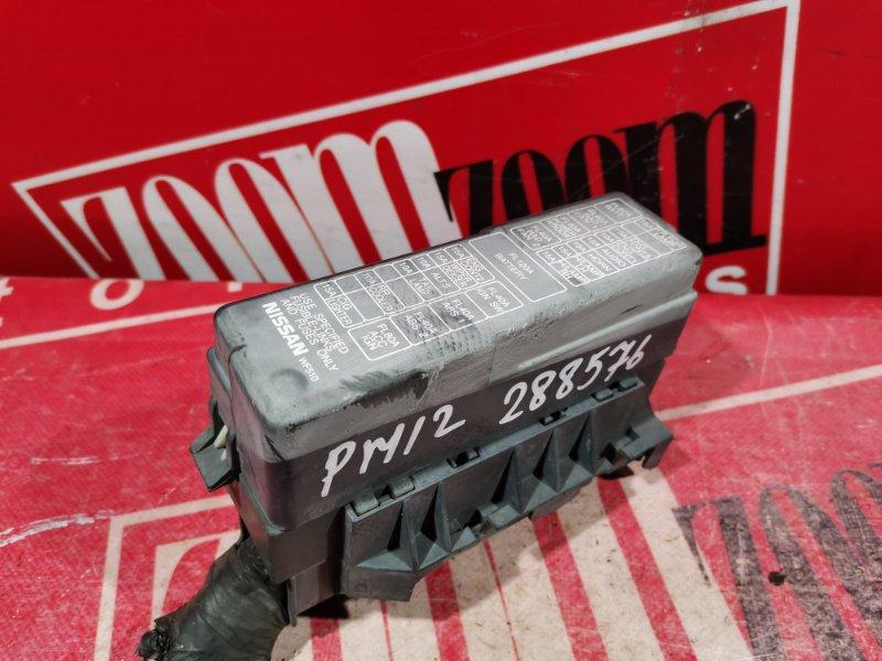 Блок реле и предохранителей Nissan Liberty PM12 QR20DE 1998