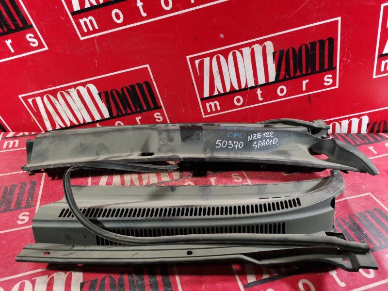 Решетка под лобовое стекло Toyota Allex NZE121 2001 передняя
