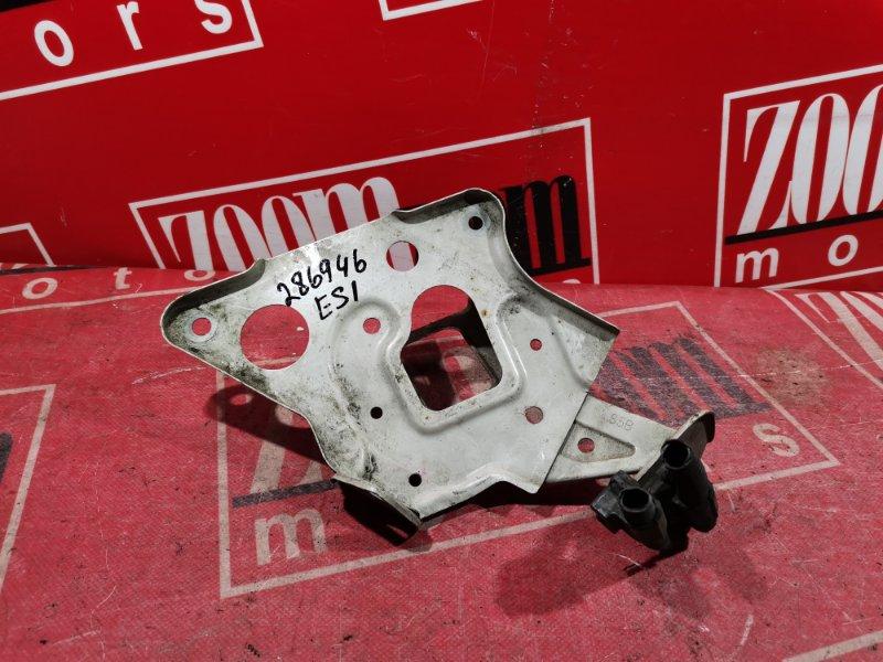 Полка под аккумулятор Honda Civic Ferio ES1 D15B 2001 серебро