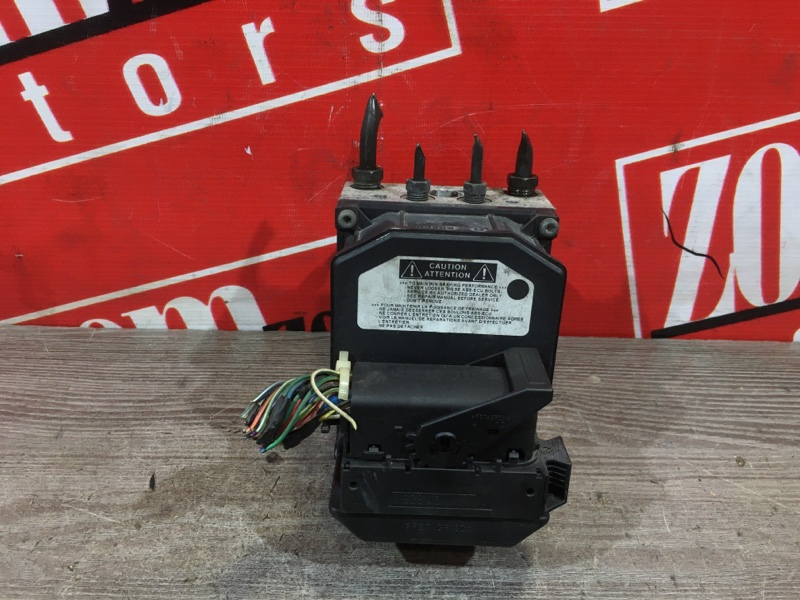 Блок abs (модулятор abs) Toyota Avensis AZT250 1AZ-FSE 2003 передний 44540-03040