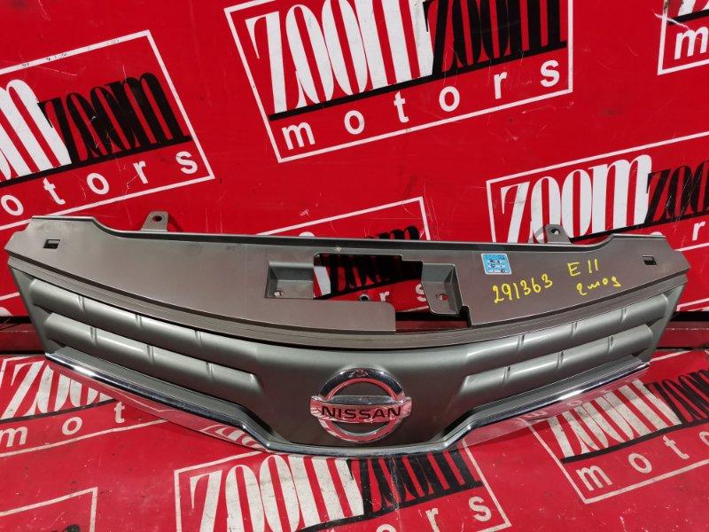 Решетка радиатора Nissan Note E11 HR15DE 2004 передняя хром