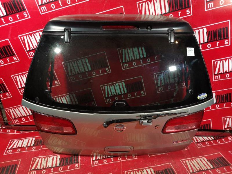 Дверь задняя багажника Nissan Liberty PM12 QR20DE 1998 задняя серебро