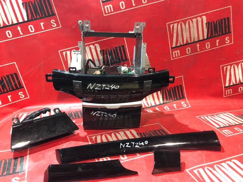 Блок управления отоплением и вентиляцией Toyota Allion NZT240 1NZ-FE 2001