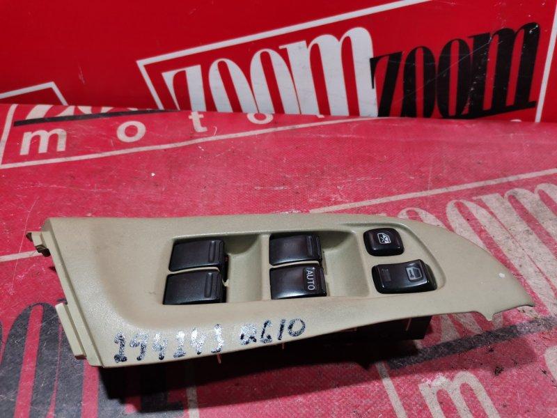 Блок управления стеклоподъемниками Nissan Bluebird Sylphy TG10 QG18DE 2000 передний правый