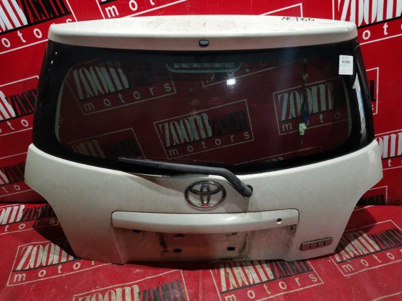 Дверь задняя багажника Toyota Ist NCP60 1NZ-FE 2002 задняя белый перламутр