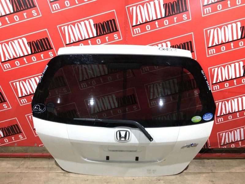 Дверь задняя багажника Honda Fit GD1 L13A 2004 задняя белый перламутр