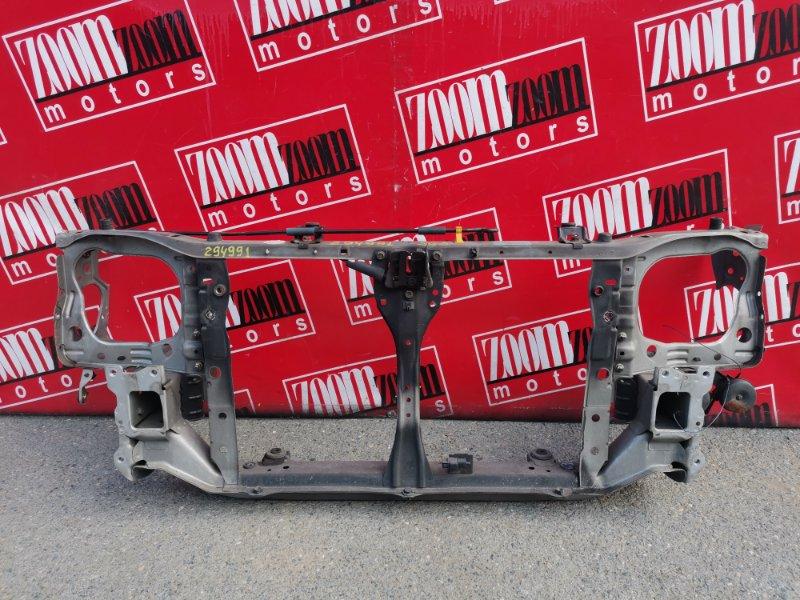 Рамка радиатора Subaru Forester SG5 EJ20 2002 передняя серебро