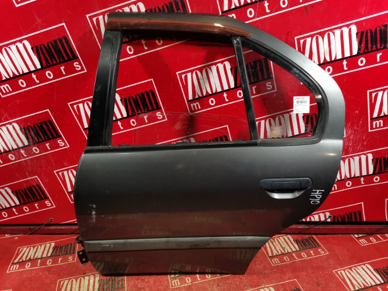 Дверь боковая Nissan Primera HP10 SR18DE 1992 задняя левая серый
