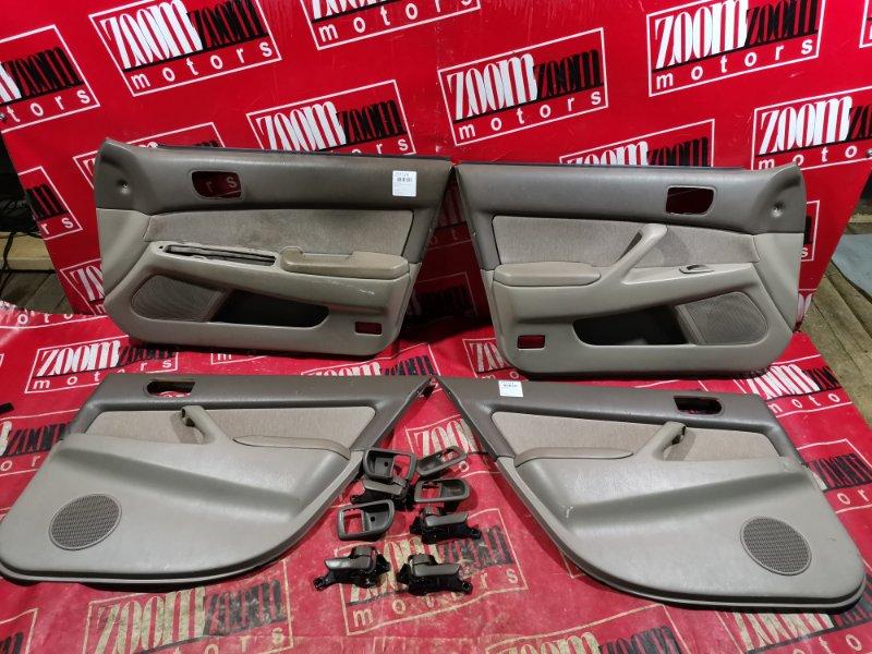 Обшивка двери Toyota Camry SV40 3S-FE 1994