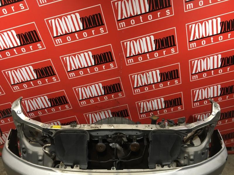 Рамка радиатора Toyota Regius KCH40 1KZ-TE 1999 передняя серый
