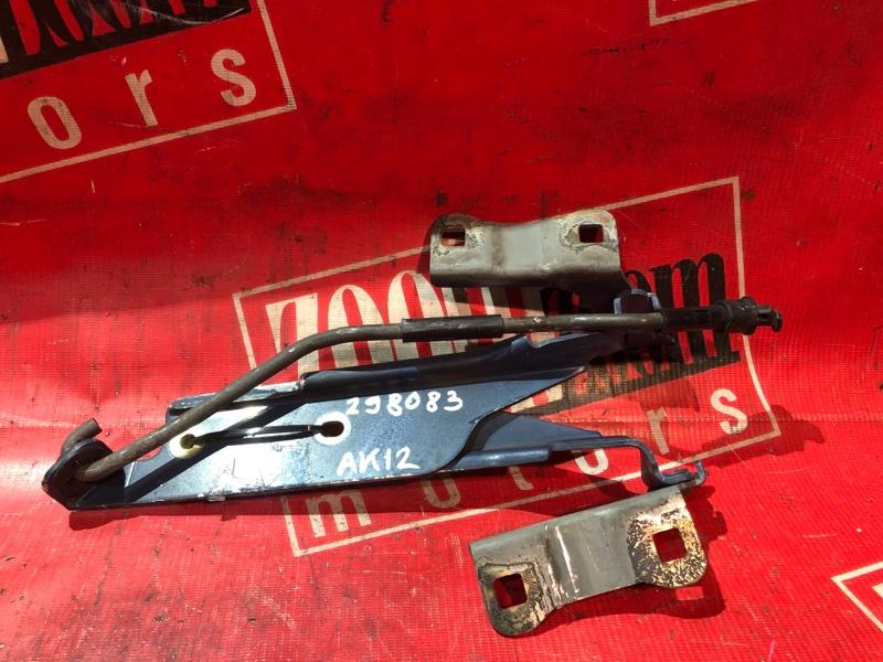 Кронштейн капота Nissan March AK12 CR12DE 2002 передний синий
