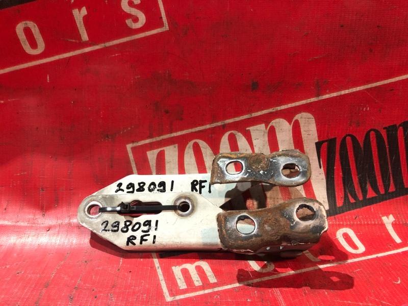 Кронштейн капота Honda Stepwgn RF1 B20B 1996 передний белый