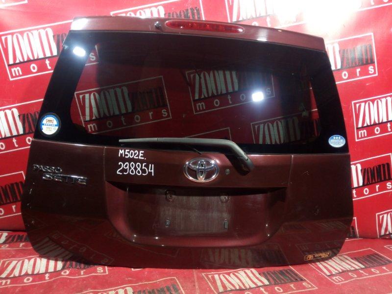 Дверь задняя багажника Toyota Passo Sette M502E 3SZ-VE 2008 задняя вишневый