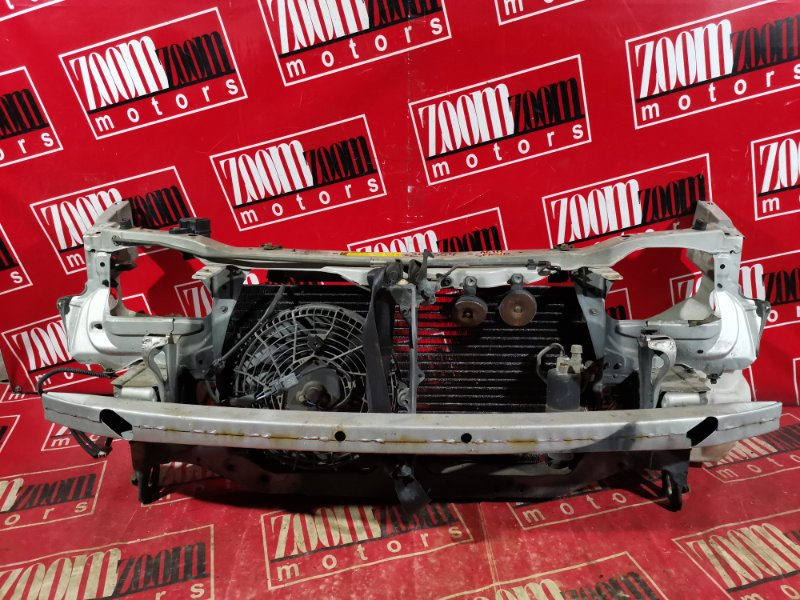 Рамка радиатора Toyota Corolla Spacio AE111 4A-FE 1997 передняя серебро