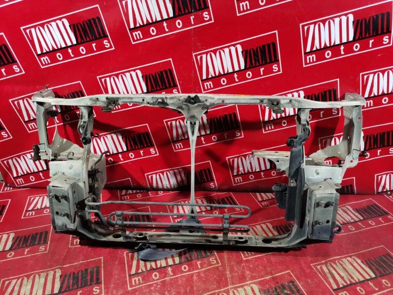 Рамка радиатора Toyota Harrier MCU15 1MZ-FE 1997 передняя белый перламутр