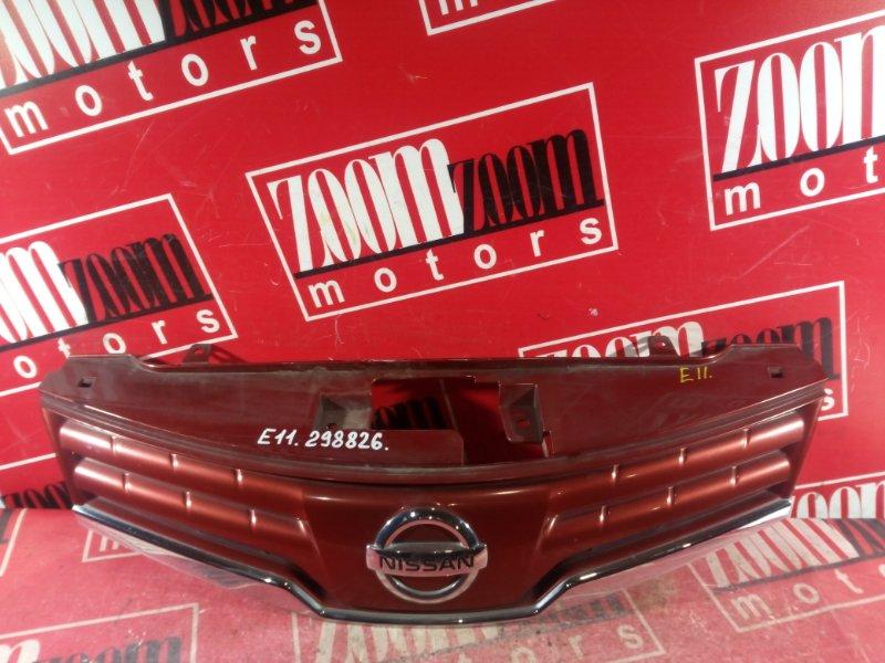 Решетка радиатора Nissan Note E11 HR15DE 2008 передняя вишневый