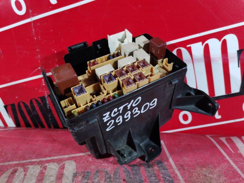 Блок реле и предохранителей Toyota Opa ZCT10 1ZZ-FE 2000
