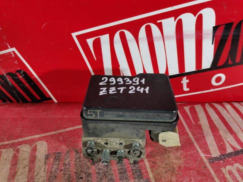 Блок abs (модулятор abs) Toyota Caldina ZZT241 1ZZ-FE 2002 передний