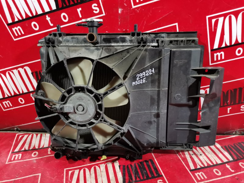 Радиатор двигателя Toyota Passo Sette M502E 3SZ-VE 2008 передний