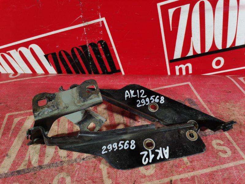 Кронштейн капота Nissan March AK12 CR12DE 2002