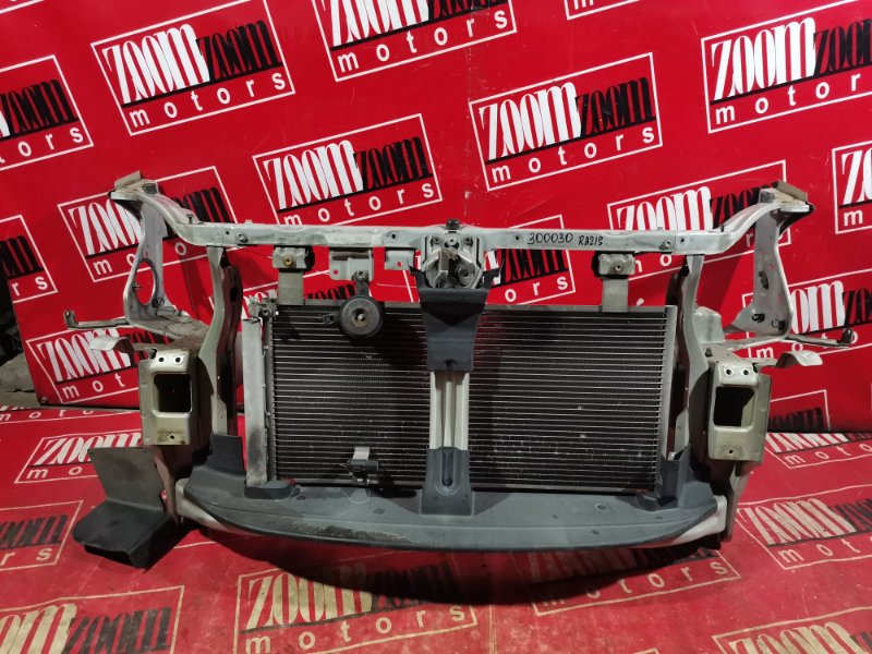 Рамка радиатора Suzuki Aerio RB51S M15A 2003 передняя серебро
