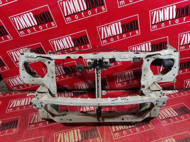 Рамка радиатора Nissan Cube AZ10 CGA3DE 1998 передняя белый перламутр