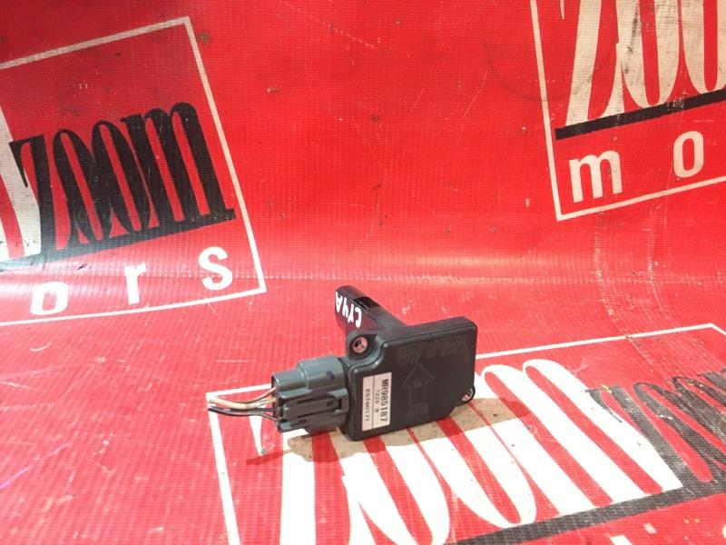 Расходомер (датчик расхода воздуха) Mitsubishi Lancer X CY4A 4B11 2006 MR985187