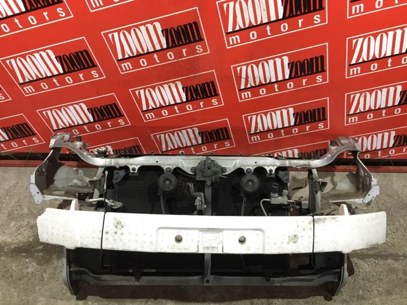 Рамка радиатора Toyota Wish ZNE10 1ZZ-FE 2003 передняя серебро