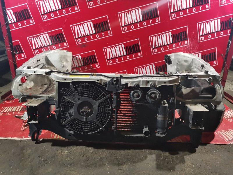 Рамка радиатора Toyota Sprinter Marino AE101 4A-FE 1992 передняя белый
