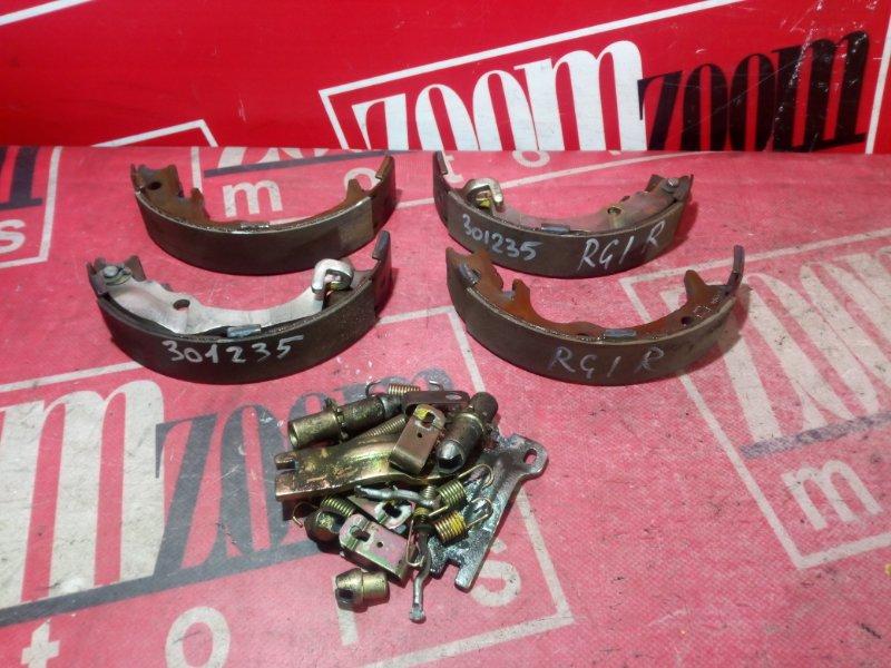 Колодки тормозные Honda Stepwgn RG1 K24A 2005 задние