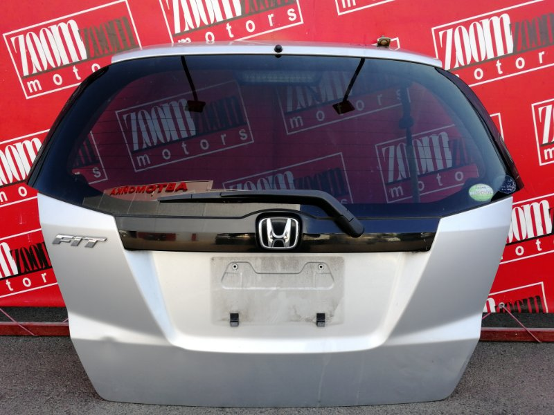 Дверь задняя багажника Honda Fit GE6 L13A 2007 серебро