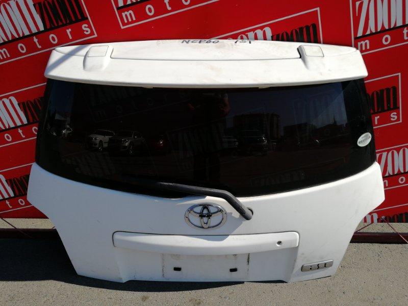 Дверь задняя багажника Toyota Ist NCP60 2NZ-FE 2002 белый