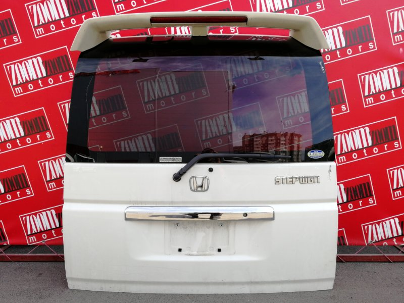 Дверь задняя багажника Honda Stepwgn RF3 K20A 2001 задняя белый перламутр
