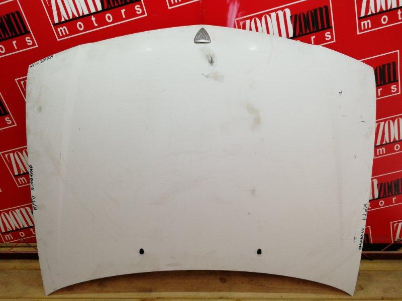 Капот Nissan Wingroad WFY11 QG15DE 1998 белый