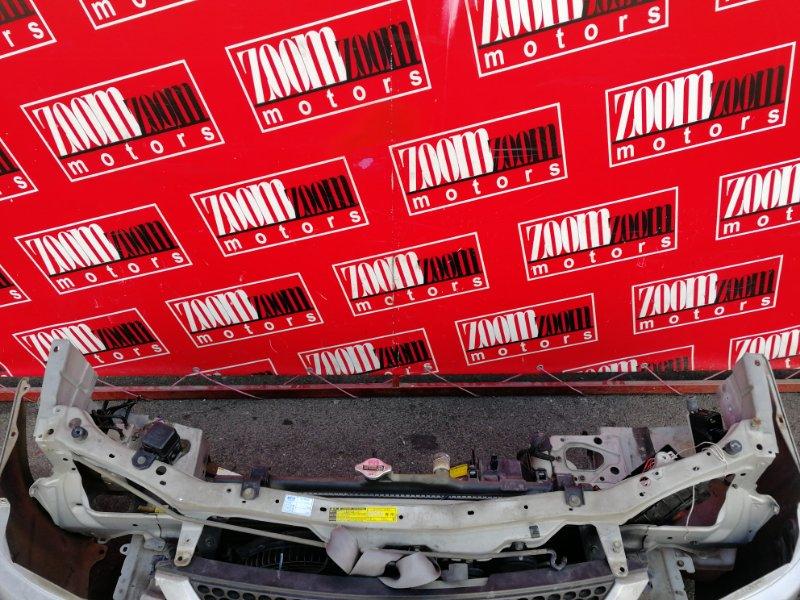 Рамка радиатора Toyota Corolla Spacio AE111N 4A-FE 1997 серебро